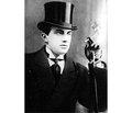 Владимир Маяковский «Жил как поэт, умер как человек»