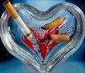 Даже если бросить курить только после 60 лет, риск инфаркта и инсульта сильно снижается