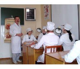 Досвід проведення занять з мікробіології, вірусології та імунології у формі круглого столу зі студентами-іноземцями, які навчаються українською мовою