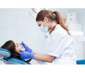 Особливості надання стоматологічної допомоги пацієнтам зі злоякісними пухлинами (огляд літератури)