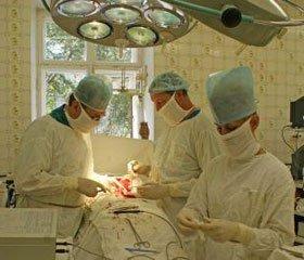 Реконструктивно-відновні операції у хворих із тимчасовими двостовбуровими ентеро- та колостомами