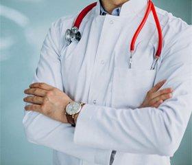 «На нашем докторском халате — ни одного позорного пятна...»