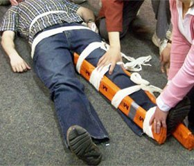 Treatment of long bones fractures of victims due to traffic accident
