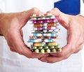 Минздрав готовится ввести меры для снижения цен на лекарства