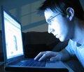 Фармацевтические товары все чаще продвигают в Интернете