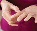 Симптоми та діагностика невропатії верхніх кінцівок