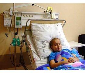 Osteomyelitic mask of debut of lymphoblastic leukemia in child