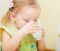 Щодо доцільності застосування кисломолочних продуктів у харчуванні дітей грудного віку