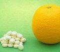 Витамин C в профилактике и лечении простудных заболеваний