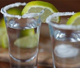 Споживання алкоголю у кількості двох напоїв на день знижує смертність пацієнтів після перенесеного першого серцевого нападу