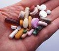 Украинцев научат отличать настоящие лекарства от фальсифицированных
