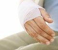 Перелом — фактор ризику розвитку остеопенії та остеопорозу