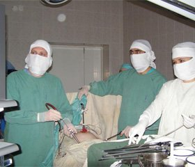 Хірургічне лікування дефектів шкіри та м'яких тканин при пролежнях